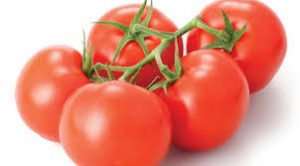 nice bunch of ready to eat tomatoes